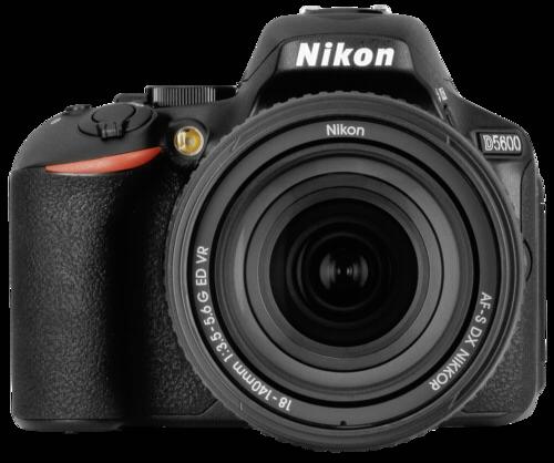 Nikon D 5600 kit AF-S 18-140mm ED VR
